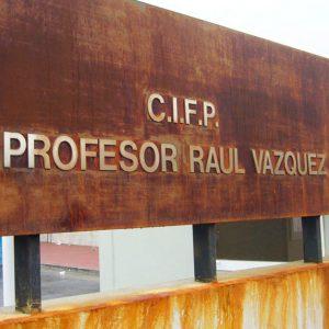 Letras Ciegas de Acero Oxidado para CIFP Profesor Raúl Vázquez